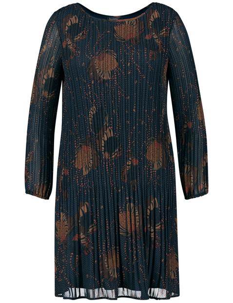 Ausgestelltes Kleid mit Plisséefalten