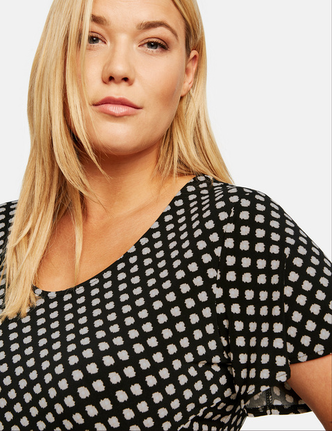 Shirtkleid mit seitlicher Drapierung