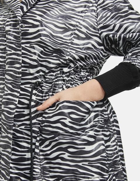Leichter Parka mit Zebra-Dessin