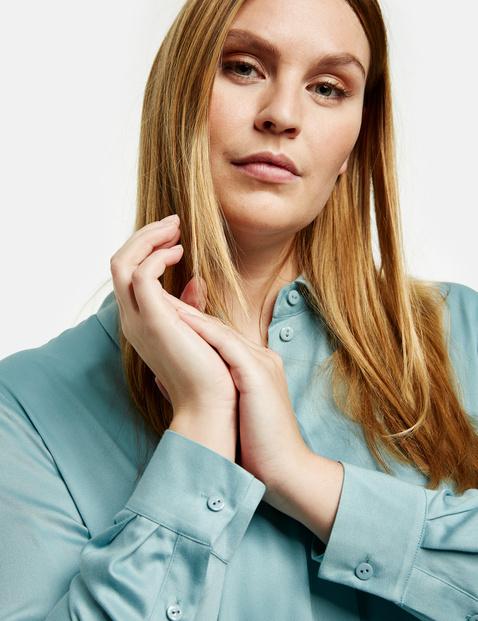 Fine satin shirt blouse