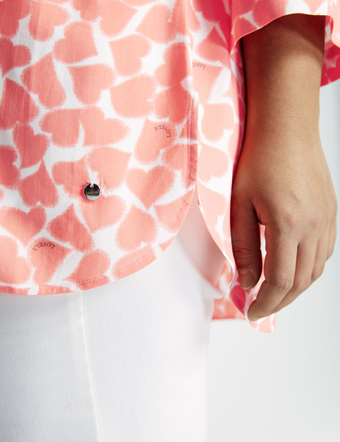 EcoVero blouse with hearts
