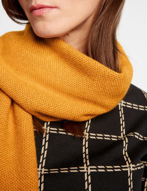 Sjaal met gestructureerd breisel