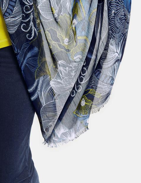 Sjaal met modieus motief