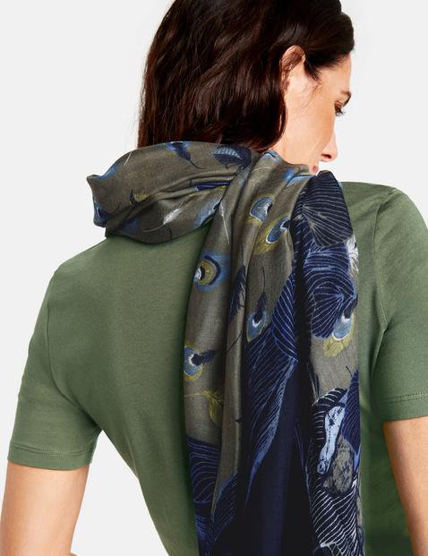 Schal mit platziertem Print