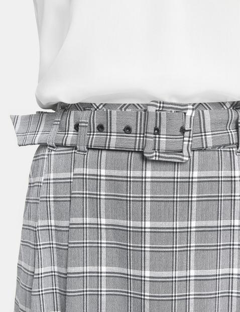Spódnica w kratkę