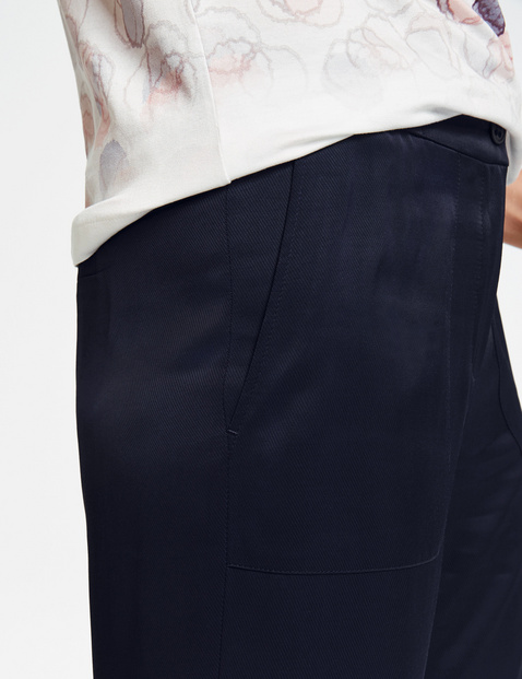 7/8 trousers with a wide leg