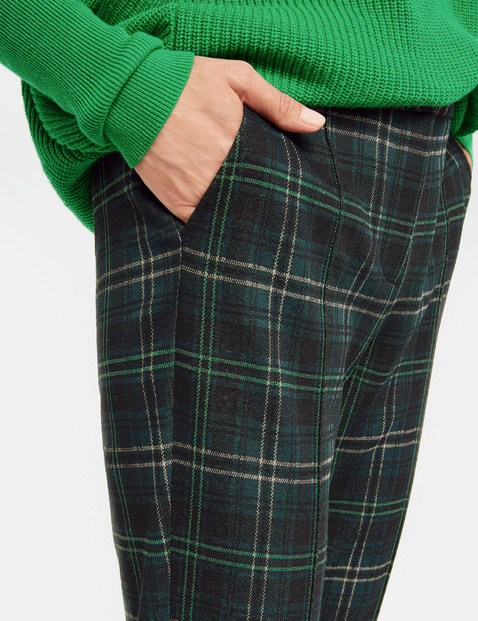Hose mit großem Karo