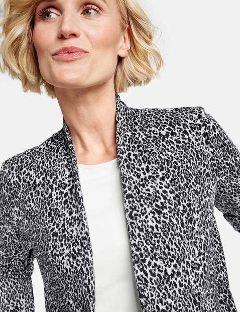 Mantel met luipaardmotief