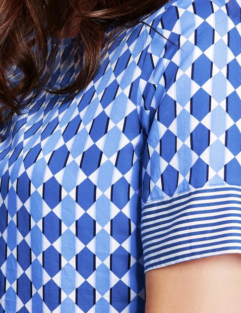 Blusenshirt mit grafischem Muster