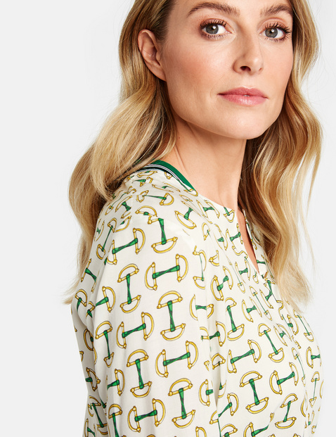 Long sleeve blouse with contrasting details