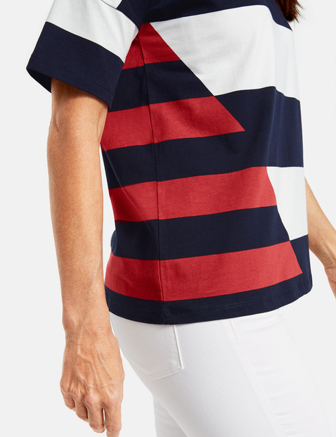 3/4-sleeve top with block stripes