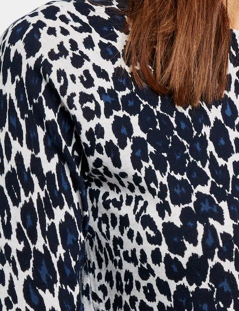 Leopard print jumper