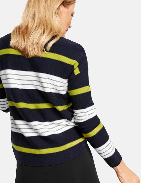 Jumper with block stripes