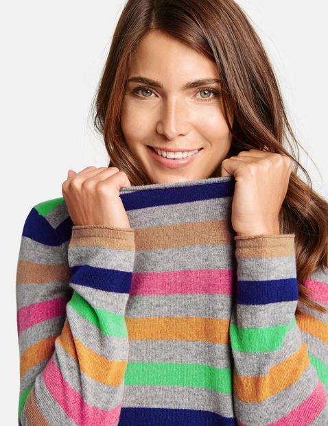 Prążkowany sweter z kaszmiru
