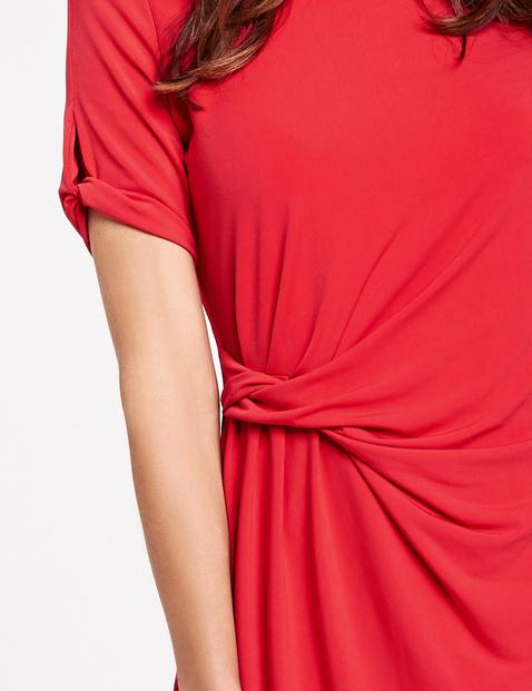 Sukienka z bocznym drapowaniem