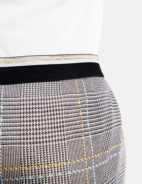 Skirt with a glencheck pattern