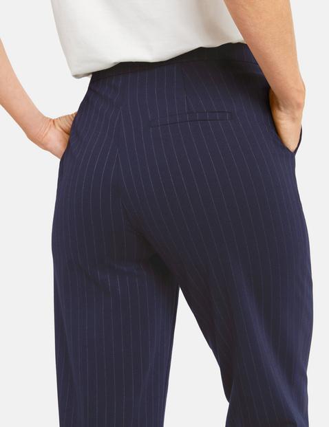 Szerokie spodnie w cienkie prążki