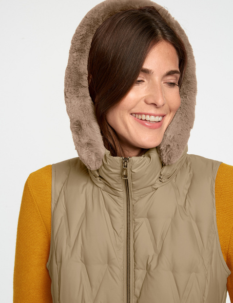 Body warmer with down filling
