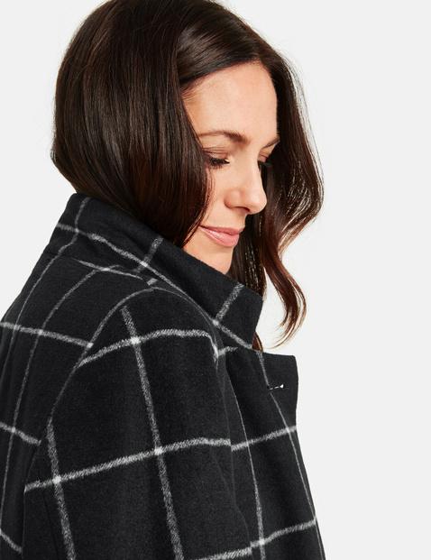 Płaszcz w dużą kratkę
