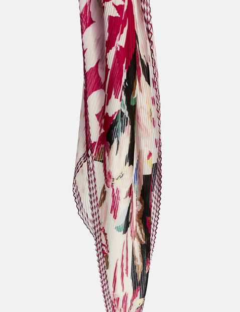 Scarf with a patchwork pattern