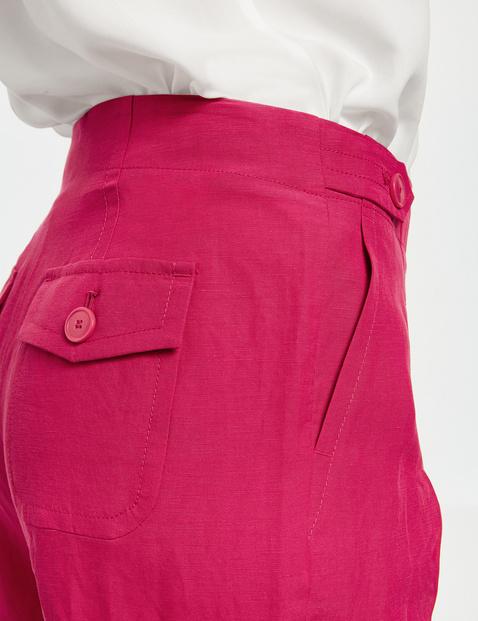 Bermuda shorts with hem turn-ups