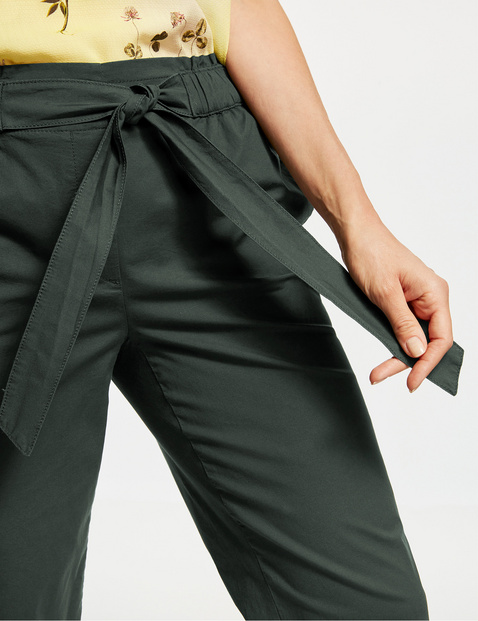 Trousers with a paperbag waistband