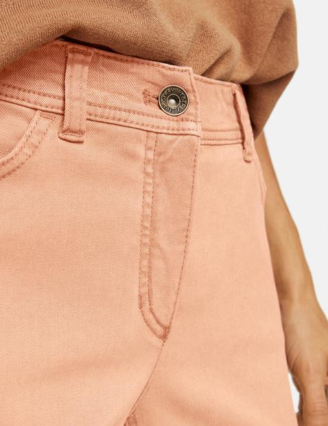 Five-pocket kick-flared jeans