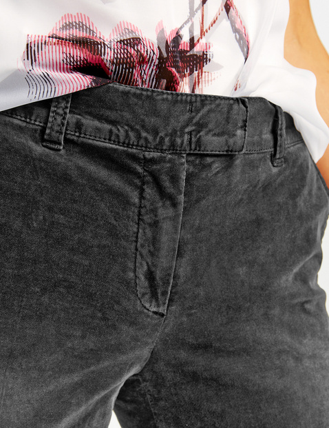 Trousers with urban-style vintage effects