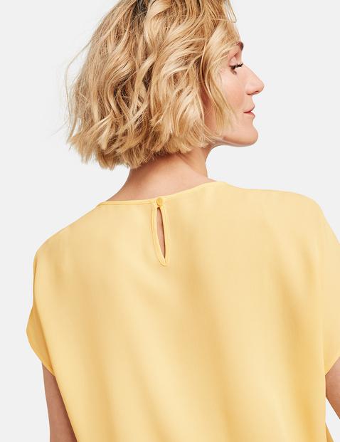 Bluse mit Faltendetail
