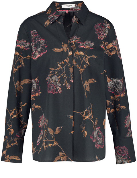 Blouse with a rose pattern