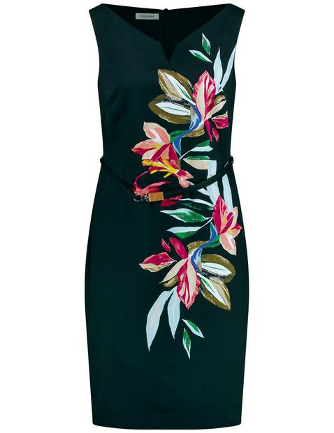 Kleid mit Blütenranke