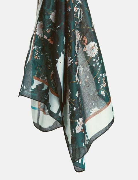 Schal mit Flowerprint