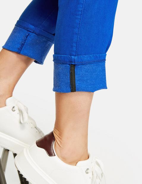 Jeans mit Turn Up Saum