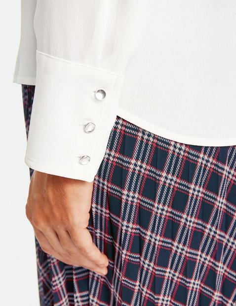 Bluse mit feiner Struktur