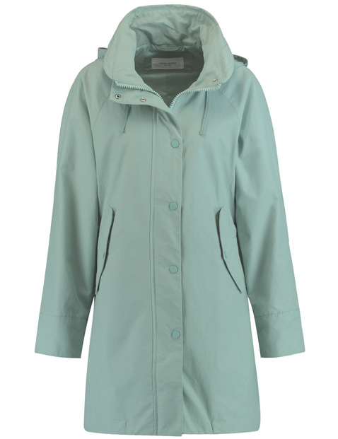 Short coat, coated