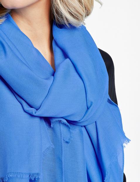 Schal mit feiner Transparenz