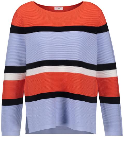 Pullover mit farbigen Streifen