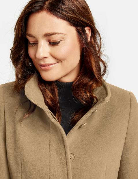 Krótki płaszcz z wełną i kaszmirem
