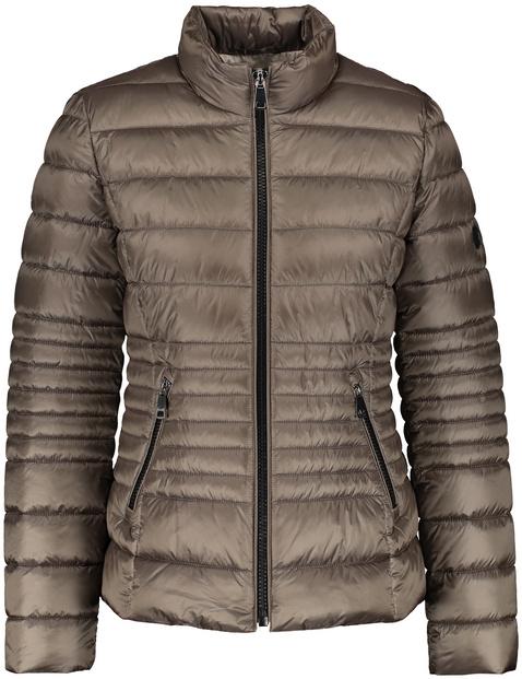 Pikowana kurtka z puchowym wypełnieniem
