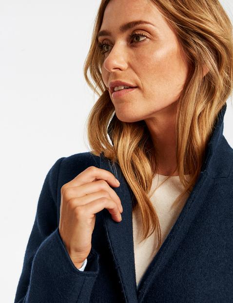 Krótki płaszcz z dodatkiem wełny