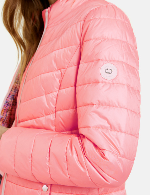 Quilted jacket with a down feel
