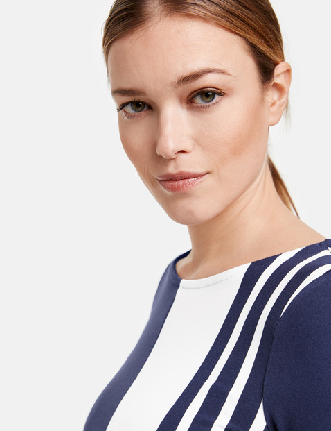 Organic cotton top in a panelled look